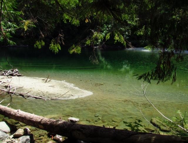 emerald-pool-800x608